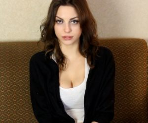Caroline Hypnotized - First Visit